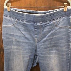 Old Navy Pants - Old Navy Jeggings